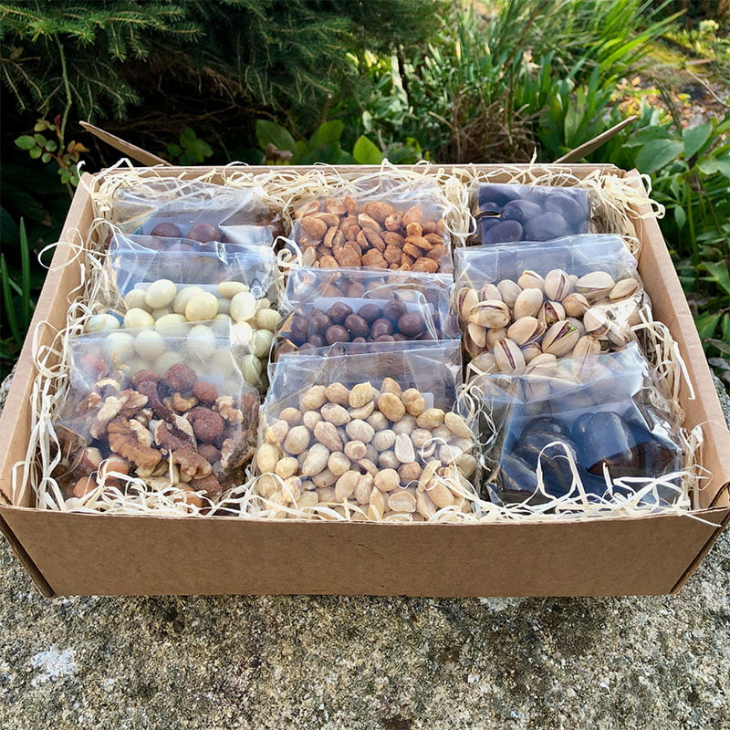 Deluxe Nut Gift Box Hamper