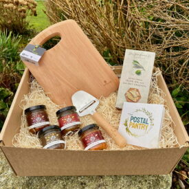 Cheeseboard, Chutney & Crackers Gift Box Hamper Set