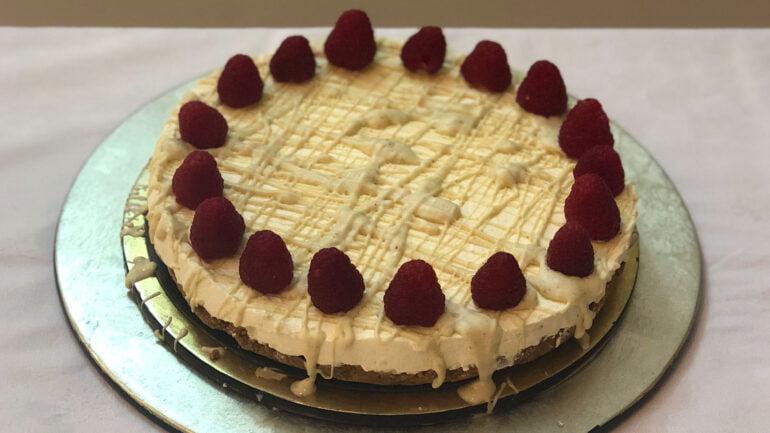 No Bake White Chocolate Cheesecake
