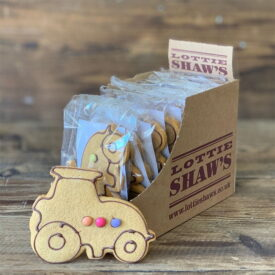 Lottie Shaw's Gingerbread Tractor Biscuit (1 Pack)